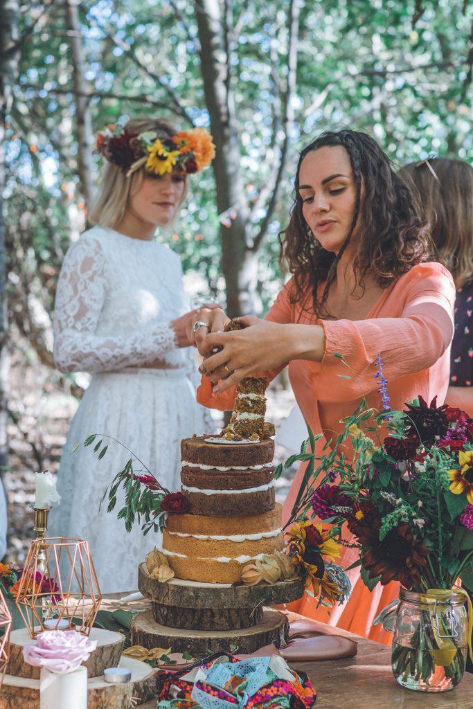 wedding cake at woodland wedding